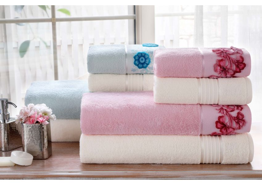 Aster Towel & Bathrobe Set