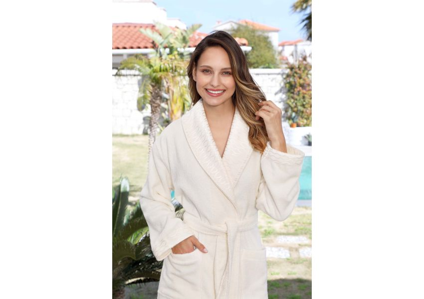 Elissa Towel & Bathrobe Set